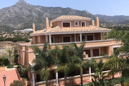 Marbella Golden Mile penthouse te koop