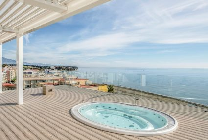 Estepona Town penthouse for sale